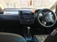 Toyota Ist 2 поколение, хетчбэк 5 дв.